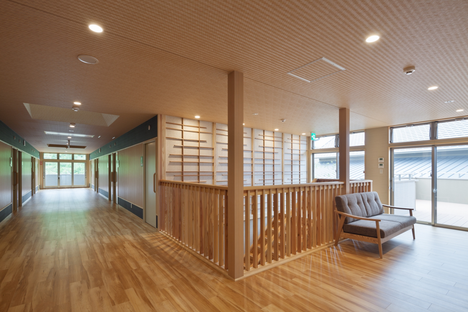 飯塚(2階廊下)